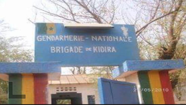 Kidira: Un bébé de sexe féminin bien portante abandonnée devant le cimetière
